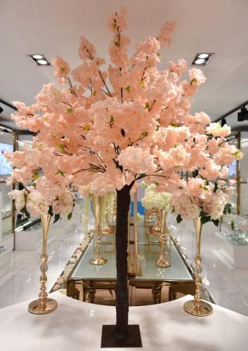 cerisier japonais rose pêche